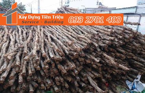 Vựa cừ tràm Huyện Nhà Bè công ty Tiền Triệu.