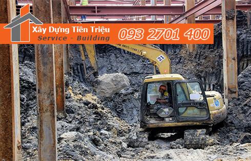 Thi công đào đất tầng hầm Quận Tân Phú bằng cơ giới.