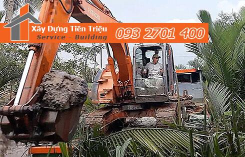 Đào móng công trình cơ giới Huyện Củ Chi.