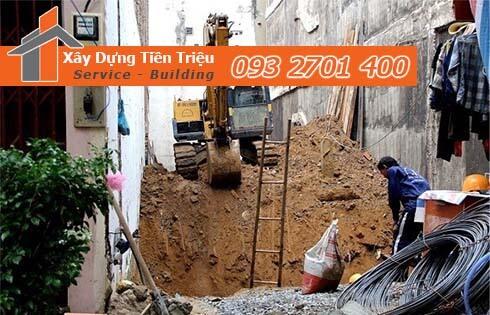 Quy trình đào móng nhà dân tại Huyện Hóc Môn.