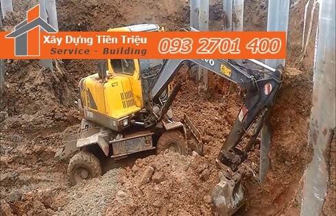 Quy trình đào móng nhà dân tại Huyện Nhà Bè.