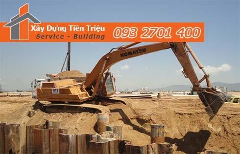Thi công đào đất tầng hầm Quận Bình Tân bằng cơ giới.