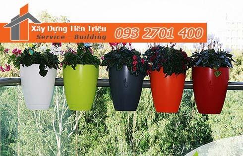 địa chỉ bán chậu nhựa trồng hoa ban công để xem giá bán