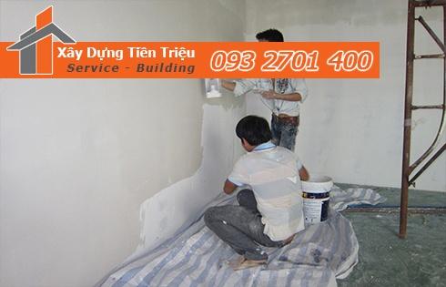 Nhân viên công ty dịch vụ sơn nhà tại Cà Mau giá rẻ sẽ luôn sẵn lòng tư vấn khách hàng