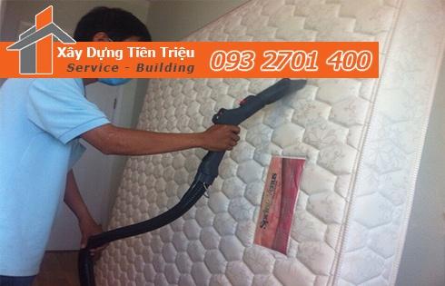 Giặt nệm sofa lò xo Kymdan tại nhà Quận 12 giá rẻ 0938265056