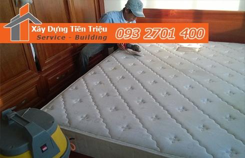 Giặt nệm sofa lò xo Kymdan tại nhà Quận 2 giá 100K 0938265056